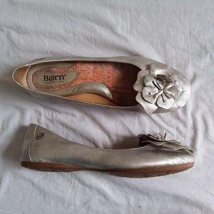 Born Silver Ballet Flats Women's 8.5